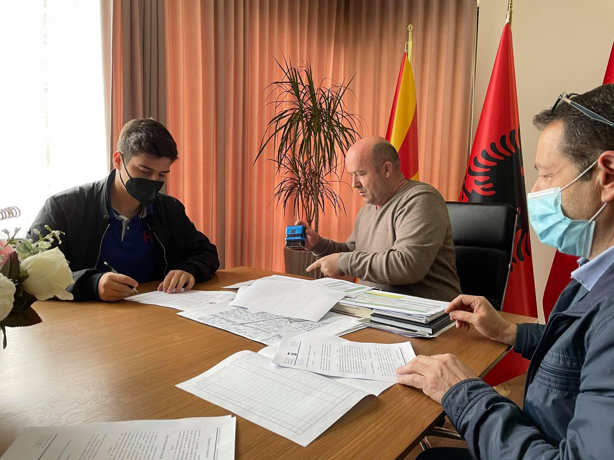 Nënshkruhet Memorandum bashkëpunimi midis Komunës së Gostivari dhe Organizatës Rinore Ekologjike – EYO