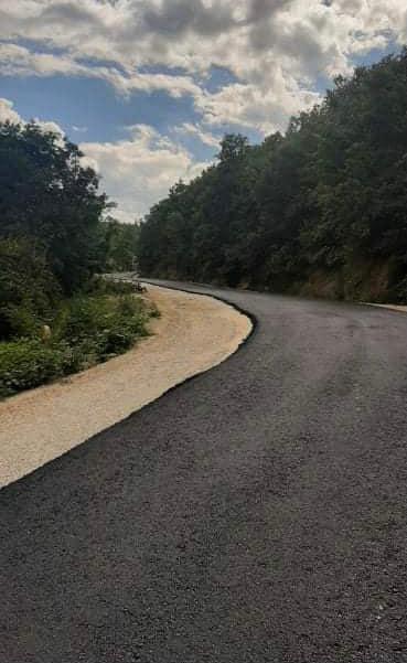 Ka filluar rehabilitimi i rrugës lokale nga Ura e Sushicës deri te deponia Rusino në Gostivar.
