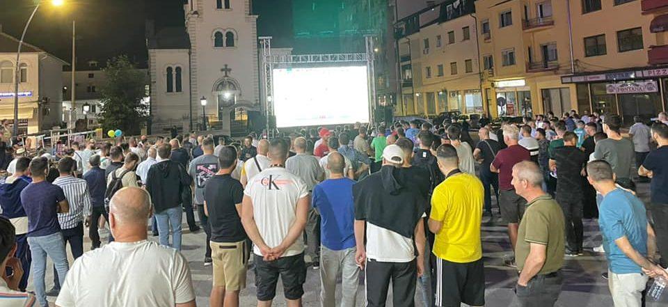 На градскиот плоштад Гостивар споделуваме ентузијастички моменти на финалето🇮🇹 Италија-Англија